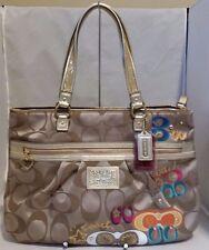 NWT Coach Poppy Pop C Daisy Applique Shoulder Hand Bag Purse F20099