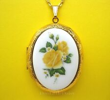 Porcelain YELLOW ROSE BOUQUET CAMEO GT Locket Pendant Necklace Valentine Gift