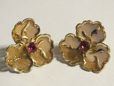 Art Deco 3-Leaf Golden Flower Mesh Pink Glass Screw-Back Earrings
