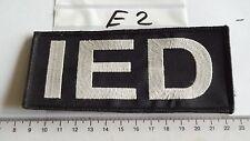 Polizei Abzeichen IED auf schwarz mit Klett (E2)