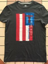 Happy Christmas TOMMY HILFIGER MENS CREW NECK TEE T SHIRT Gray FLAG GRAPHIC XS