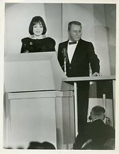 CAROLYN JONES GEORGE GOBEL HOLLYWOOD DEB STARS ORIGINAL 1965 ABC TV PHOTO