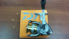 NEW DAIWA SWEEPFIRE 1000-2B SPINNING REEL SW1000-2B