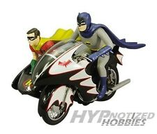 1:12 HOT WHEELS ELITE BATMAN BATCYCLE CLASSIC TV SERIES CMC85