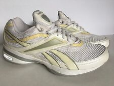 Women's REEBOK EASY TONE Athletic Walking Running Shoes Size  6.5