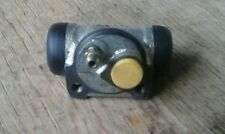 Renault 19 rear left  Wheel Brake Cylinder CL674