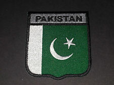 BACKPACKERS NATIONAL COUNTRY SHIELD FLAG SEW/IRON ON PATCH:- PAKISTAN