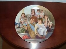 "Edwin Knowles ""Annie and the Orphans"" 1984  collector plate #2548G with cert."