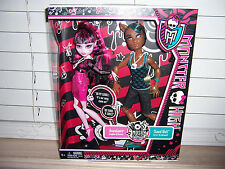 Monster High DRACULAURA And CLAWD WOLF Kmart Exclusive MUSIC FESTIVAL 2 Pack
