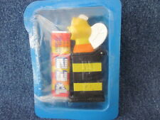 PEZ  Cheerios BUMBLE BEE Advertising sealed with candy  (O316)