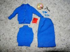 1960'S VINTAGE ORIGINAL BARBIE #957 KNITTING PRETTY BLUE VERSION COMPLETE