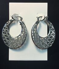 STAINLESS STEEL PATTERN CLICK HOOP EARRINGS - BRAND NEW!
