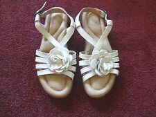 Nuture White Patent Leather Sandal Ankle Strap 3D Leather Flower Design Size 6M