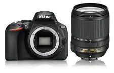 Nikon D5600 DSLR con + Vr Af-s 18-140