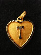 Pendentif Coeur Médaillon en Or Plaqué Lettre T 2 cm