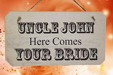 Personalizzata Here Comes la sposa - in legno Shabby Chic Rustico NOZZE segno