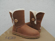 UGG CHESTNUT BAILEY BUTTON SUEDE/ SHEEPSKIN BOOTS, WOMENS US 7/ EUR 38 ~NEW