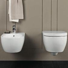 Sanitari sospesi Pozzi Ginori serie Fast water e bidet con sedile avvolgente