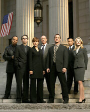 Law and Order : SVU [Cast] (611) 8x10 Photo