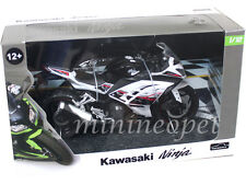 AUTOMAXX 605301 2014 14 KAWASAKI NINJA 300 BIKE MOTORCYCLE 1/12 BLACK / WHITE