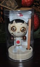 CRAZY CUBEMATES HEAD NURSE Paperclip Holder Pencil Stand DOLL Zombie Magnetic