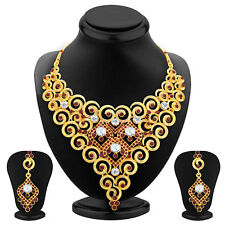 Sukkhi Wavy Gold Plated AD Necklace Set For Women 2457NADS1600