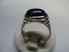MAN RING avec des lignes horizontales et lapis-lazuli Cabochon ovale