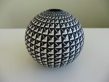 Native American ACOMA Fine Line SEED POT Hand Painted by CORRINE CHINO Sky City