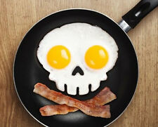 DIY Skull Shaper Breakfast Eggs Mold Kitchen Tool Egg Corral Silicone Ring NEW