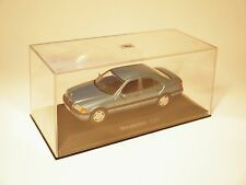 "MERCEDES W 202 ""C Classe"" Tipo C 220 in petrolio blu metallizzato Minichamps in 1:43!"