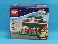 Lego 40142 Bricktober Train Station 2015 Toys R Us Exclusive 180pcs Set 2 of 4