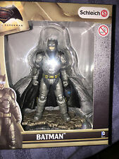 Batman Vs Superman Schleich Batman Con Armadura Estatuilla