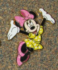 B4(NO11) PIN DISNEY MINNIE MOUSE CHARACTER PINK SHOES DISNEYLAND PARIS