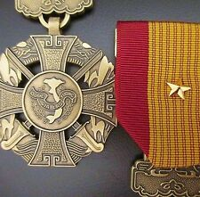 GENUINE RVN SOUTH VIETNAM AUSTRALIA USA GALLANTRY CROSS MEDAL WITH GOLD STAR -01