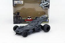 Batmobile aus dem Film Batman vs Superman Bausatz schwarz 1:24 Jada Toys