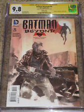 Batman Beyond #10 Superman Vs. Batman Variant CGC 9.8 SS Dustin Nguyen