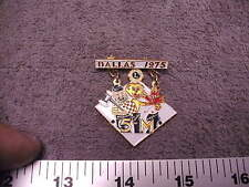 Dallas 1975 Lions Club 5-M , Minnesota , Manitoba & NW Ontario Pin