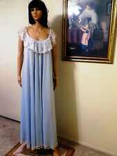CLAIRE SANDRA by LUCIE ANN BEVERLY HILLS vintage POWDER BLUE Nightgown L large