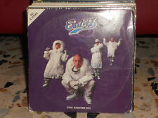 EAST 17 - STAY ANOTHER DAY - cdsingolo cardsleave -2 tracks - usato 1994
