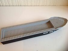 Lego Large Police Boat 7899 As Shown. 48 Pegs. In Length In Good Condition.