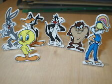 SET OF 6 LOONEY TUNES CAKE DECORATION