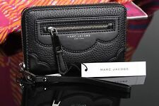✨❗️ NEW Marc Jacobs Haze Leather Zip Phone Wristlet in BLACK iPhone M0009587