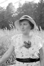 Negativ-Frau-Hut-Cute-German-Woman-Lady-Hat-1930er-Jahre-1930s-3