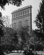 "'Flatiron Building' ca 1950 NYC Original 12x16"" Silver Gelatin FIBRE photo 1/300"
