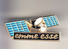 RARE PINS PIN'S .. TV RADIO PRESSE ANTENNE SATELLITE ESPACE SPACE EMME ESSE ~CM