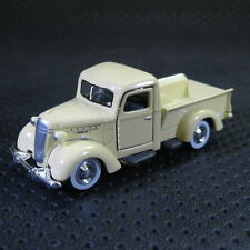 1:64 Yatming 1937 Mack Jr. Pick-up Truck 03 Die Cast Model Car With Box