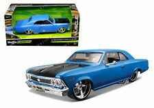 MAISTO 1:24 W/B CLASSIC MUSCLE - 1966 CHEVROLET CHEVELLE SS 396 Diecast Car