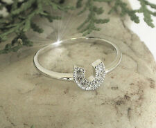 HORSE & WESTERN JEWELLERY   925 STERLING SILVER CZ HORSESHOE RING SIZE 8/p