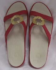 NEW CROCS WOMENS SANRAH BEVELED CIRCLE SANDAL PEPPER/STUCCO WOMENS SIZE 6