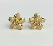18k Solid Yellow Gold Cute Small Flower Stud Earrings, 2.45 Grams